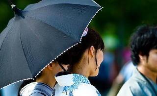 黒い日傘.jpg