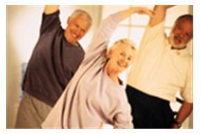 体操する高齢者.jpg